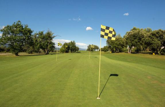 golf-pont-royal-practice-wedging